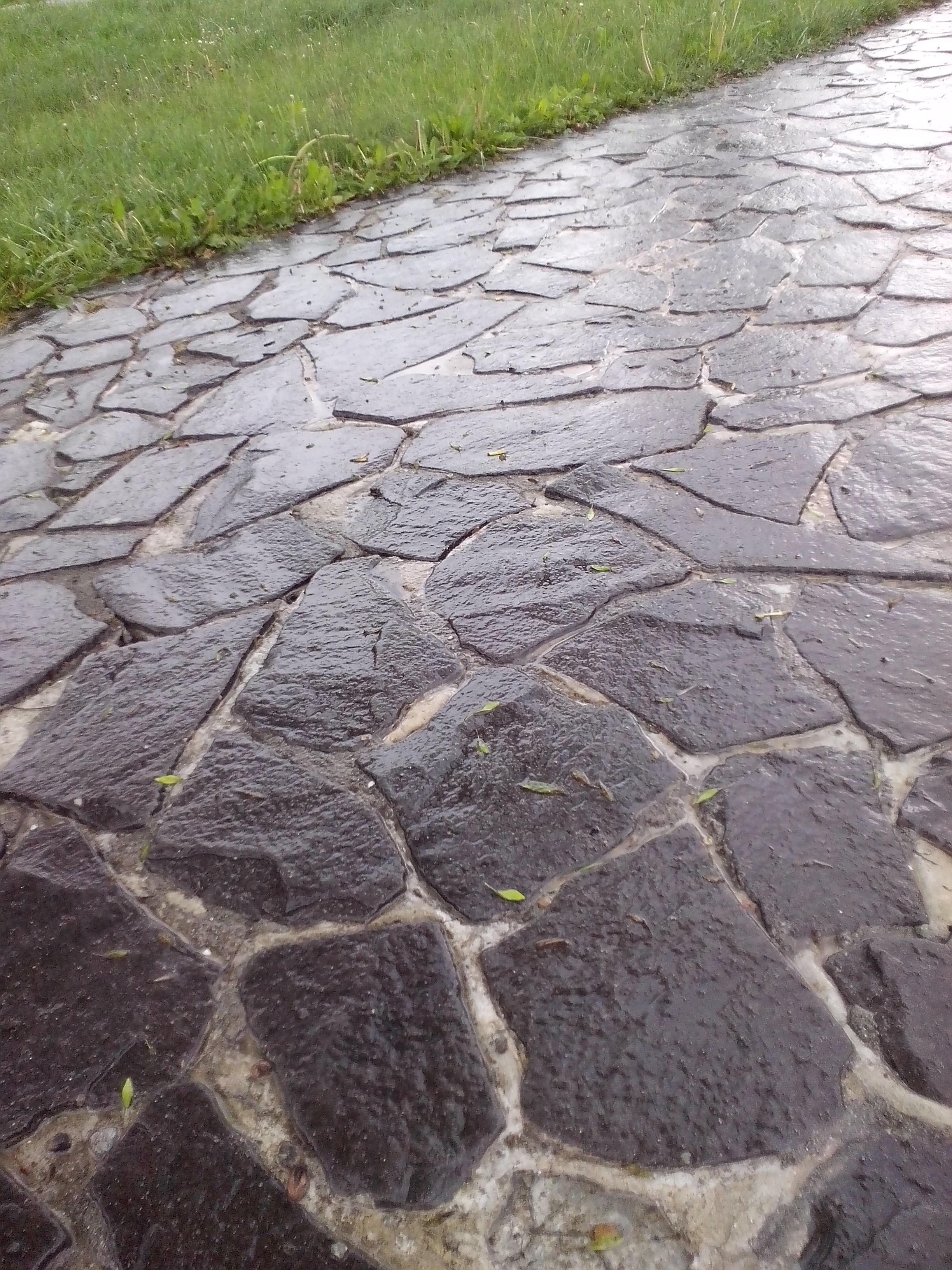płyty kamienne są bezproblemowe